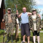 На озере Вельё поймали большую щуку
