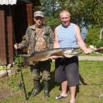 Поймана большая щука на озере Вельё